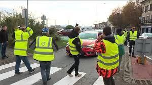 Gilets Jaunes : réaction aux propositions dEmmanuel Macron
