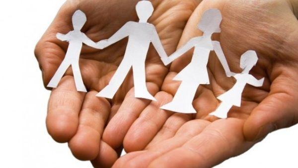 Sur le revenu des assistantes et assistants maternels