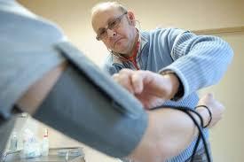 Désertification médiale : une solution pour un système à bout de souffle