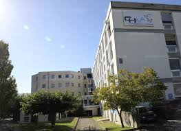 Réaction suite aux annonces de lEtat sur lhôpital de Privas