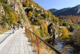 PLAN TOURISME : 34 propositions pour que vive le tourisme